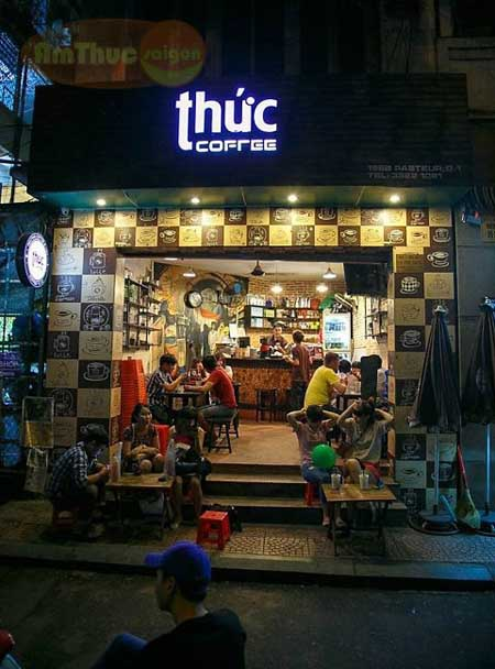 Uống cafe 24/24 tại Thức Cafe